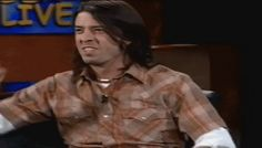 http://2.bp.blogspot.com/-o4s6gYUDnHE/T11z-7UcrZI/AAAAAAAAADw/t4TJg8KVLQ8/s1600/dave_grohl_gif_2_by_superfaststeph-d396q6k.gif