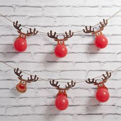 """Reindeer Balloon Advent Calendar - -Christmas Reindeer Balloon Advent Calendar - - もうすぐクリスマス!紙コップで簡単につくれるクリスマスツリーの作り方 / How to make an easy crafts """"Paper cup Christmas tree"""" balloon tree advent calendar by bubblegum balloons Bubblegum Balloons, Mini Balloons, Foil Balloons, Christmas Holidays, Christmas Crafts, Reindeer Christmas, Work Christmas Party Ideas, Christmas Birthday Party, Christmas Party Themes"""
