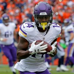 According to a league source, Stefon Diggs will start for the second straight week for the Minnesota Vikings. Minnesota Vikings Football, Best Football Team, Stephon Diggs, Diggs Vikings, Viking S, Madden Nfl, Wide Receiver, Fantasy Football, American Football