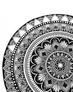 mandala doodle zentangle inspiration | black + white | love the details. #art journaling