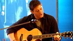 Jensen Ackles Singing  The Weight  at Jus in Bello