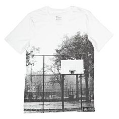 nike AF1 BROOKLYN COURT T-Shirt bei KICKZ.com (£21) via Polyvore