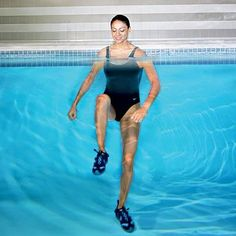 Yoga Fitness Flow - 12 Powerful Swimming Pool Exercises for Fast Fat Burning from Entire Body - Get Your Sexiest Body Ever! …Without crunches, cardio, or ever setting foot in a gym! Water Aerobic Exercises, Swimming Pool Exercises, Pool Workout, Water Workouts, Thigh Exercises, Swimming For Exercise, Aerobics Workout, Swimming Pools, Fitness Tips