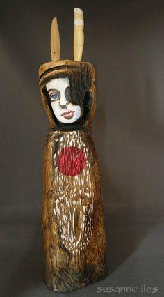 Hautsitako Bihotza Burua (Broken Heart, Broken Head) hand carved from Hawthorn Ancient History, Wood Carving, Mythology, Hand Carved, Sculptures, Woodworking, Heart Broken, Symbols, Contemporary