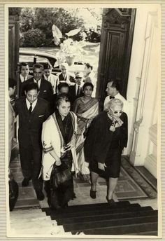 Visit of Indira Gandhi to Victoria at Villa Ocampo.