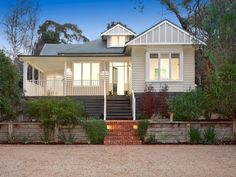 elevated weatherboard home 12 Cemetery Road, Warrandyte, Vic 3113 Exterior House Colors, Exterior Design, House With Porch, My House, Paint Colors For Home, Paint Colours, Facade House, House Exteriors, Exterior Paint Combinations