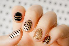 Gold Polka dot Nail Designs