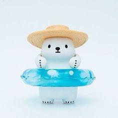 เปิดจอง✨Bac Bac Hello Summer 24xx-27xx฿ส่งฟรีems. ( ราคาอาจมีการเปลี่ยนแปลงค่า ) **มัดจำ 500฿** ระยะเวลาการผลิตสินค้า 3 เดือนค่า สนใจสั่งจองได้ทางไลน์ค่ะ☺️ #bacbac #summer #bear #arttoys #cute #miniaturetoy #minitoy #petit #minifigure #toyjapan #toythailand #toysthailand #figure #figures #figma Bear Character, Character Concept, Character Design, Polar Bear Cartoon, Kawaii Plush, Mascot Design, Bear Art, Vinyl Toys, Designer Toys