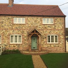 Fenland windows installed Clotted Cream Residence 9 windows in this picture-perfect home Clotted Cream, Cottage Style, Porch, Cabin, Windows, House Styles, Pictures, Bedroom, Heart