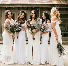 If you're a wedding creative just getting started in the biz, or a small business itching to rebrand, then today we're talking to you! We're pretty confident that visually poppy aesthetics are in your blood. Patterned Bridesmaid Dresses, Bridesmaid Flowers, Wedding Bridesmaid Dresses, Wedding Trends, Boho Wedding, Wedding Styles, Creative Wedding Inspiration, Bridesmaids And Groomsmen, Confident