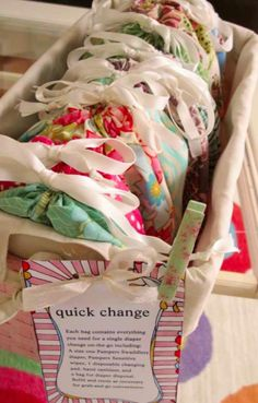"""Love this idea for future baby shower gifts! """"Quick change"""" baby shower gift - Just grab a bag and go; it's already loaded with clean onesie, diaper, wipes, and sanitizer. Baby Love, Baby Baby, Baby Kids, Homemade Gifts, Diy Gifts, Homemade Baby, Dyi Baby Gifts, Creative Baby Gifts, Handmade Baby Gifts"""