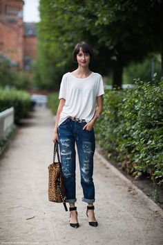 LOOK- How to wear boyfriend jeans/ Cómo usar los jeans tipo boyfriend!