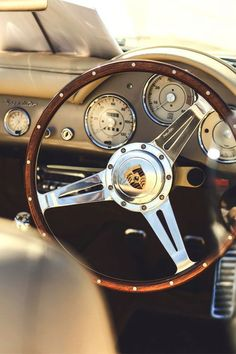 vintage-cars-via-reviving-charm