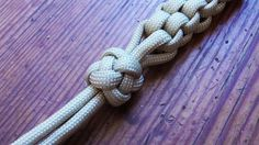 How To Tie A Four Strand Crown And Diamond Knot