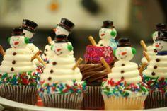 christmas cupcakes    Christmas Cupcakes - Snowman Treats.