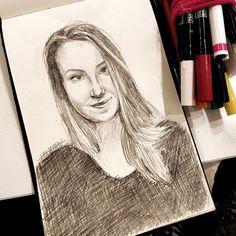 Nikola Vizinová (@art_by_nerea) • Fotky a videa na Instagramu Pencil Portrait, Female Portrait, My Friend, Friends, University Blue, Artist, Instagram, Women, Amigos