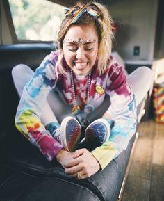 Miley Cyrus | PRIDE | Love is love | converse | pride style | celebrity fashion inspo