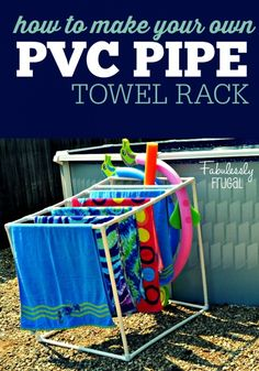 How to build your own PVC Towel Rack. just in time for summer! Perfect for pools and hot tubs and so easy and cheap to make! Pool Towel Holders, Towel Rack Pool, Pool Towels, Outdoor Towel Racks, Towel Hanger, Pvc Pool, Pool Fun, Piscina Diy, Pool Organization