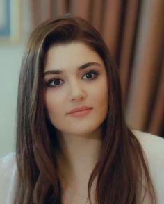Very Beautiful Woman, Most Beautiful Indian Actress, Beautiful Models, Beautiful Eyes, Beautiful Actresses, Desi Girl Image, Turkish Beauty, Brunette Girl, India Beauty