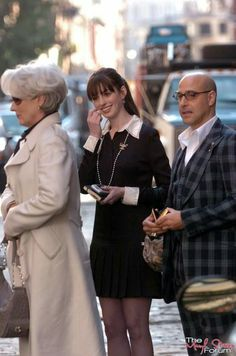 Meryl Streep as Miranda Priestly 2006 The Devil Wears Prada Miranda Priestly, Devil Wears Prada, Anne Hathaway, Meryl Streep, Celebs, Celebrities, On Set, Style Icons, Behind The Scenes
