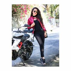 Indian Model Actress Latest Pictures News and Biography Cute Girl Photo, Girl Photo Poses, Girl Photography Poses, Cool Girl, Girl Photos, Girls Dp Stylish, Stylish Girl Images, Stylish Dpz, Girl Attitude
