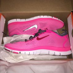 NIKE FREE TR FIT 4 5.0 Pink & Grey Nike 5.0. Never Worn. Nike Shoes Athletic Shoes