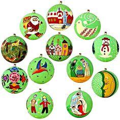Set aus 12 Leuchtend grün Papiermaschee Weihnachtsdekoration mit Blumen - Handgemachte indische Geschenke ShalinIndia http://www.amazon.de/dp/B00KFD92CE/ref=cm_sw_r_pi_dp_j.4awb08YAE3K