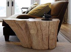 Tavolini e sgabelli da rustici ceppi di legno