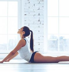 Yoga Fitness Flat Belly 5 poses de yoga pour un ventre plat - There are many alternatives to get a flat stomach and among them are various yoga poses. Yoga Fitness, Fitness Workouts, Yoga Gym, Easy Workouts, Easy Fitness, Fitness Style, Fitness Design, Cardio Gym, Asana