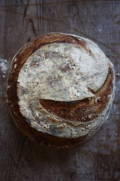 whole wheat sourdough  tartine-bread.blogspot.com