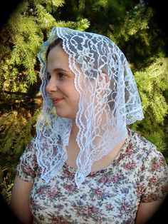White lace Chapel Veil with 1 in. lace edging. Prod by ZeliesVeils