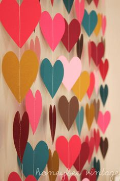 This looks so easy to do but really classy! You can replace the hearts with any other shape or even pictures. Or origami!