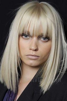 Mittellang-Blond-Pony-Glatt - New Site Medium Long Hair, Long Hair Cuts, Medium Hair Styles, Short Hair Styles, Medium Curls, Braid Styles, Blond Pony, Full Fringe Hairstyles, Blonde Hairstyles