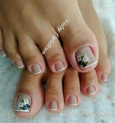 Cute Toe Nails, Love Nails, My Nails, Hair And Nails, French Pedicure, Pedicure Nail Art, Toe Nail Art, Pedicure Designs, Toe Nail Designs