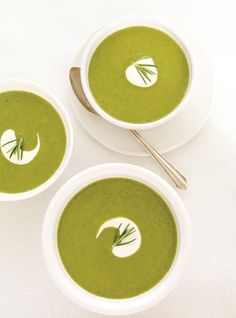 Ricardo& recipe: Cream of Green Vegetable Soup Vitamix Recipes, Cooking Recipes, Curry Recipes, Soup Recipes, Cream Of Vegetable Soup, Ricardo Recipe, Soup Broth, Green Soup, Fish And Meat