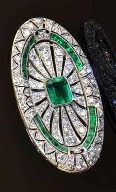 e9f4443928d81 1405 Best antique jewelry images in 2019 | Jewelry, Art Deco Jewelry ...