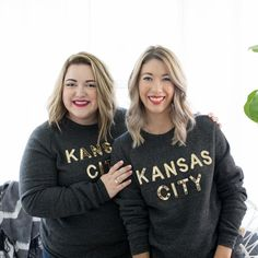 Hello there! It's been a while since we've done a little #fridayintroductions so here we are! We are @abagailsays and @emyleesays the founders of TCC. We help #hustlefrazzled and overwhelmed creative small biz owners tame the chaos and create a functioning (and automated) command center for their biz. We streamline the processes of goal setting organizing your day blogging social media and more.  Outside of hanging out with you guys hosting webinars and 'gramming you can find us chugging…