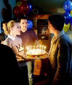 The way they look at each other... so precious. Bughead