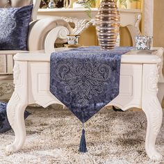 34 best table runner cloth images tablecloths table runners rh pinterest com