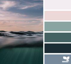 Color Level - http://www.design-seeds.com/sea/color-level