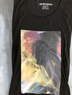 SIRI SKOGSTAD offers Street Style Apparels and Minimalism. We bring Jewellery, Fashion Accessories and Art Products. Visit our Art&Print Section for Contemporary Artworks. Contemporary Artwork, Siri, Black Tank Tops, Fashion Art, Digital Prints, Fashion Accessories, Base, Street Style, T Shirts For Women