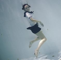 Time+to+get+wet:+Underwater+photos+of+girls+in+sailor+suits+and…+plastic exoskeletons?