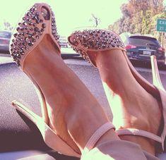 Onde Comprar Sapatos Femininos Lindos e Baratos#sapatos #sapatosfemininos #sapatoslindos #sapatofeminino #sandalha #sapatoalto #sandalhaalta #shoes #highheels