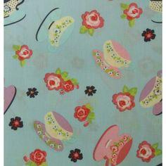 Tissu 100% coton motif tasses roses, violettes et bleues sur fond bleu clair vendu en coupon de 3 mètres