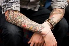 I love the traditional / sailor jerry art work and the little dots and stars in between