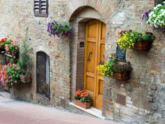 Quiet streets in San Gimignano, Italy