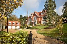 Four Winds, Bourne End, SL8 For Sale £3,650,000   Frost Partnership Estate Agents, Beaconsfield www.frostweb.co.uk