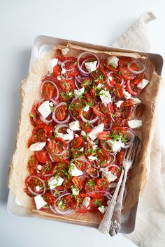 Norwegian Food, Oven Dishes, Cooking Recipes, Healthy Recipes, Bruchetta, New Flavour, Feta, Tapas, Cooker