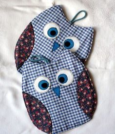 Buhos . Owl pot holders
