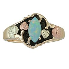 Opal Cabachon Black Hills Gold Ring this is just stunning...